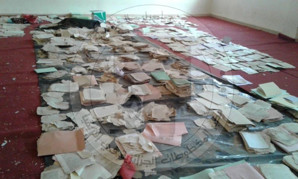 صورة توضح حالة حفظ المخطوطات ببعض الخزائن بولاية أدرار  الجزائر